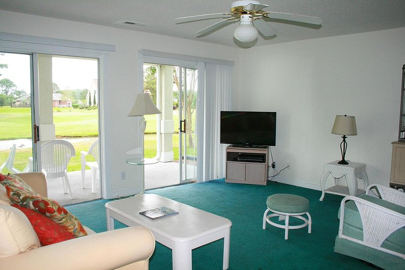 Ceiling Fan,Screen,Chair,Furniture,Indoors