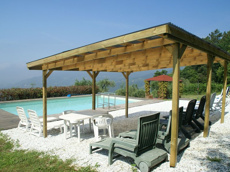 Welcoming Holiday Home with Swimming Pool in Pescia, location de vacances à Buggiano