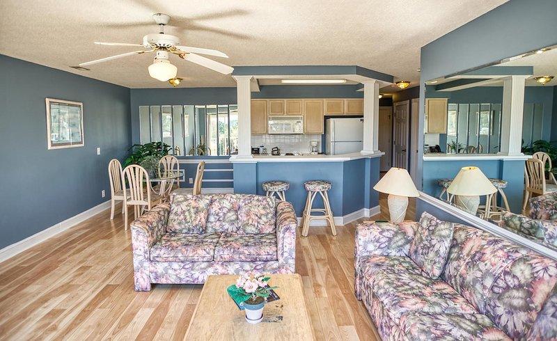 Ceiling Fan,Indoors,Flooring,Furniture,Chair
