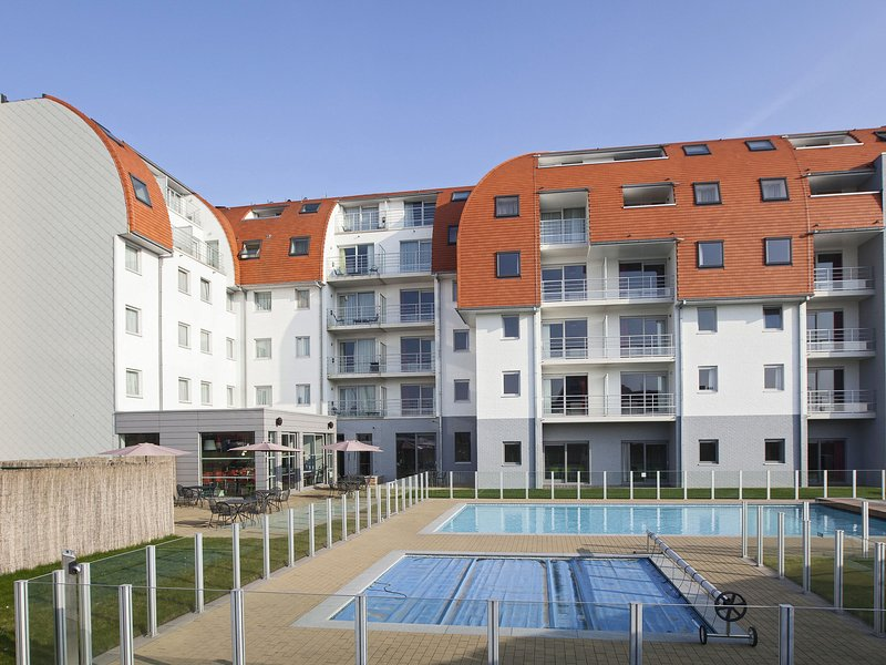 Modern apartment with a dishwasher located in Zeebrugge, location de vacances à Zeebrugge