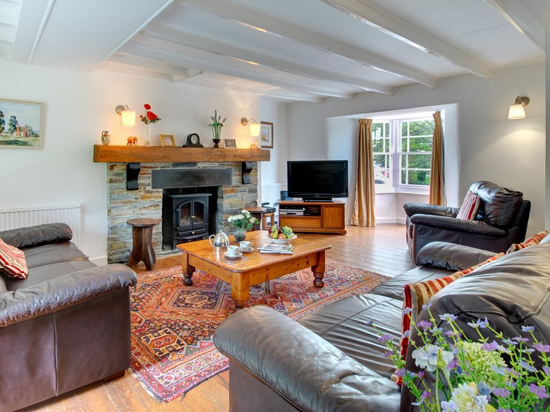 Authentic farmhouse with private garden in rural Cornwall, holiday rental in Blisland