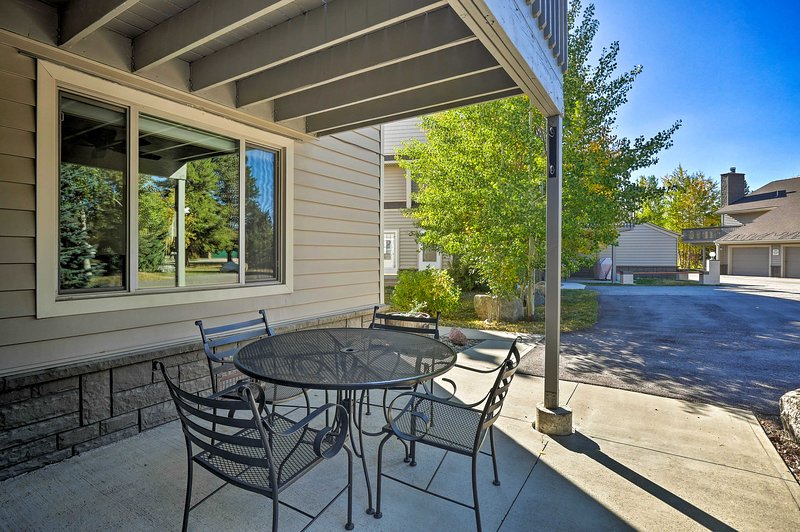 Spend time outdoors during your stay at this 2-bedroom, 2.5-bath condo!