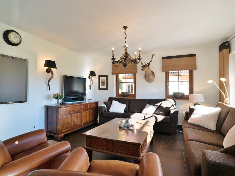 Spacious Chalet near Ski Area in Mauterndorf, vacation rental in Mauterndorf