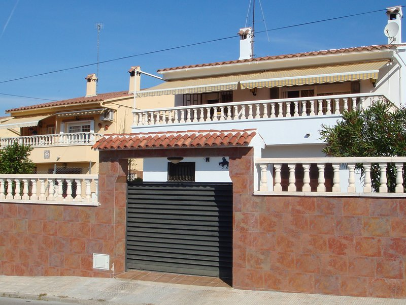Stylish Holiday Home in el Mas Mel by the Forest, vacation rental in Segur de Calafell