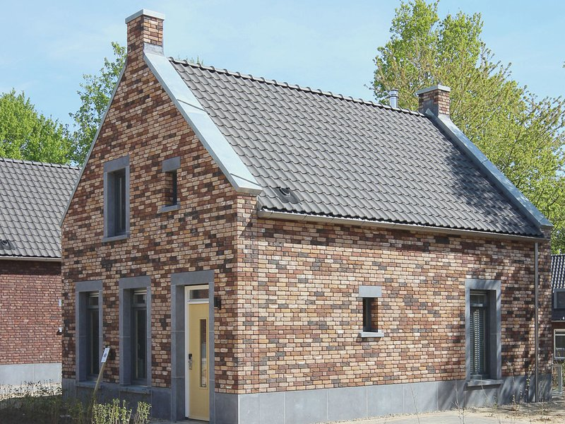 Comfortable villa with dishwasher, 4 km. from Maastricht, location de vacances à Tongeren