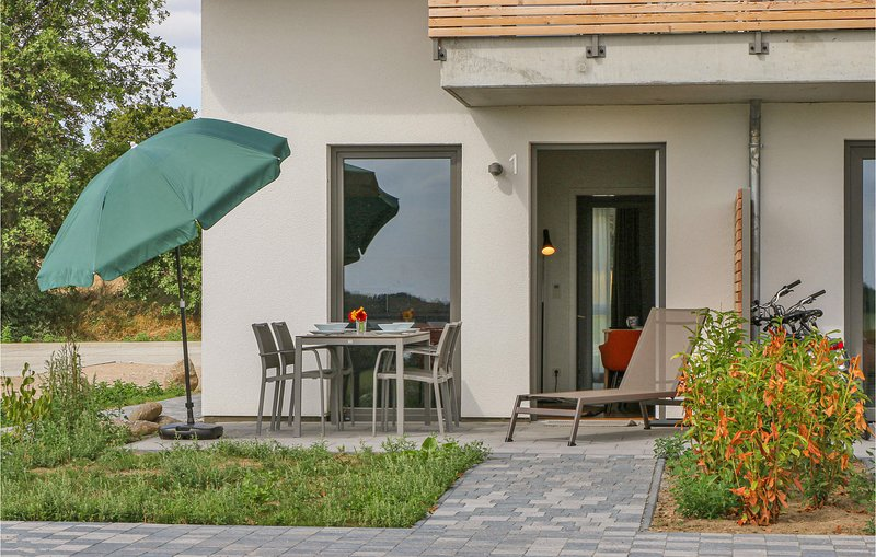 Awesome apartment in Puttbus/Rügen with WiFi and 1 Bedrooms (DMR501), holiday rental in Putbus