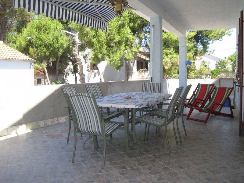 Gana - 50 M from the sea :  A1(5) - Maslinica, vacation rental in Maslinica