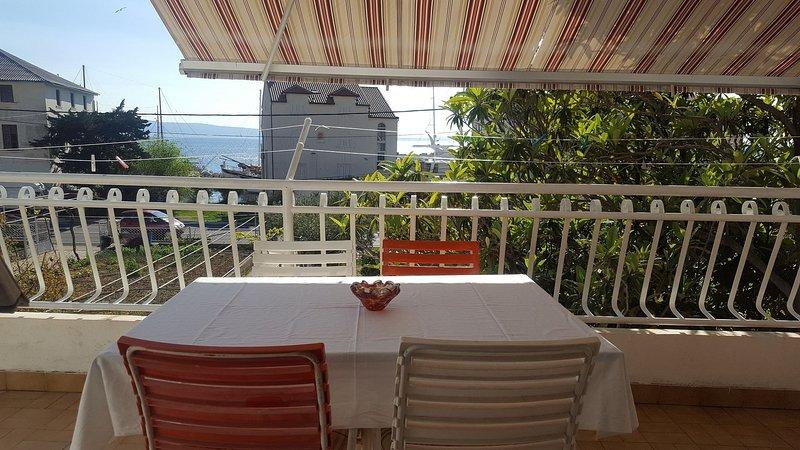 Neven A2(4+2) - Sumpetar, vacation rental in Krilo Jesenice