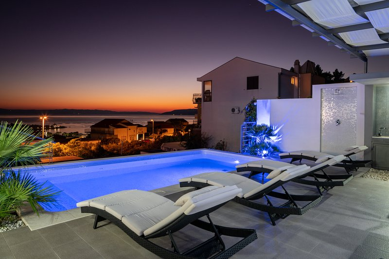 pool-view-sunset