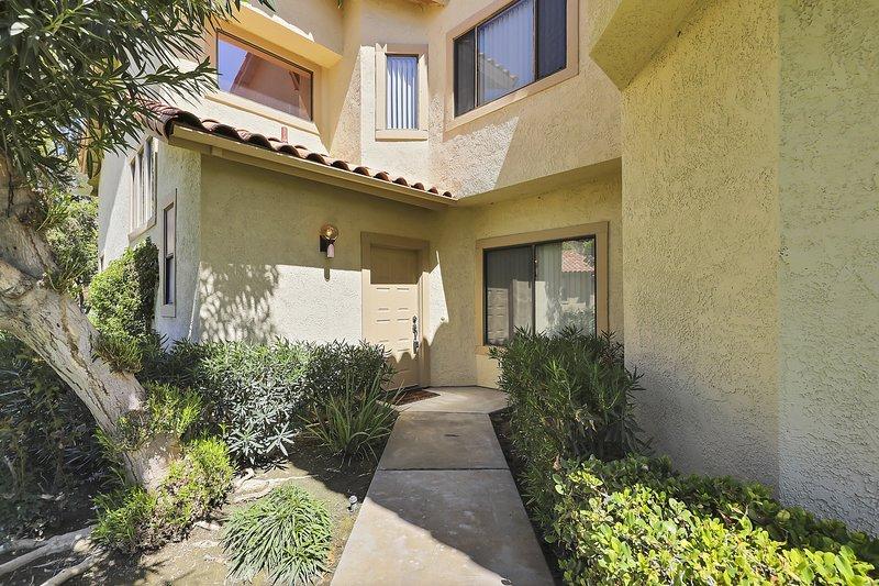Flagstone,Patio,Home Decor,Window,Outdoors