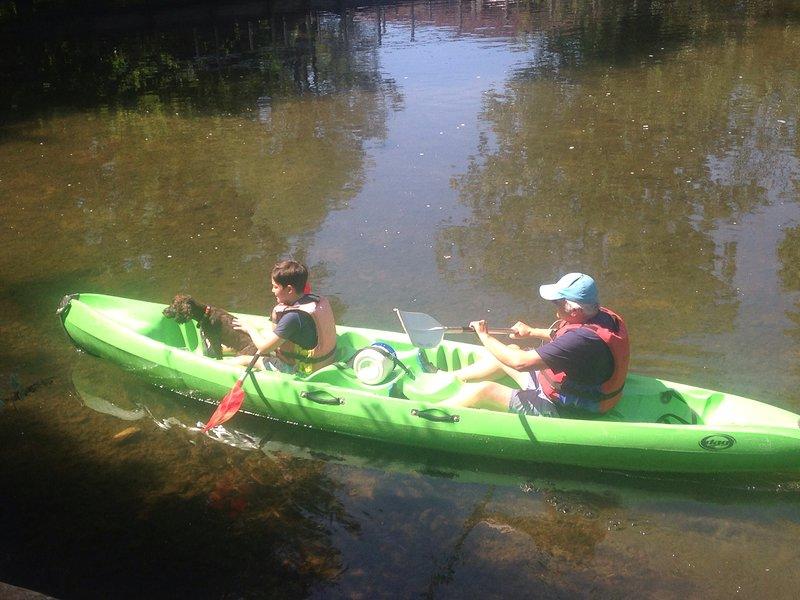 Diversión en el río en Ruffec. ¡Contrata un kayak o trae el tuyo!