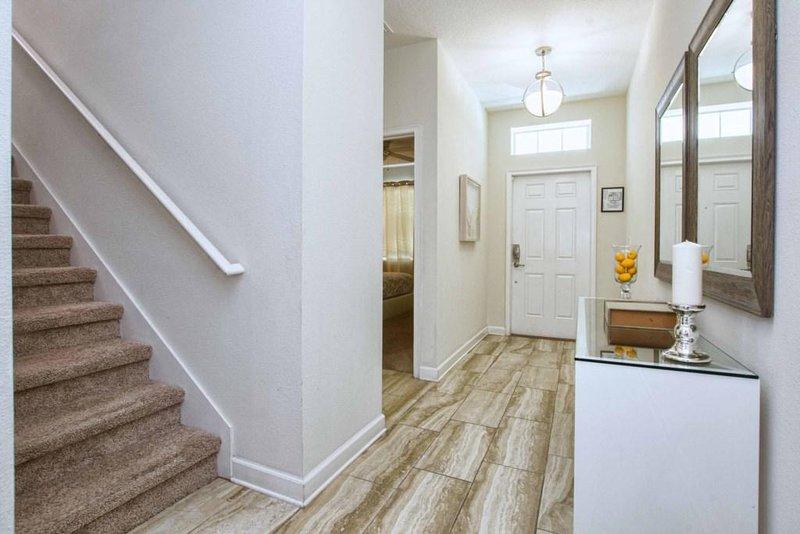 Flooring,Floor,Staircase,Hardwood,Indoors