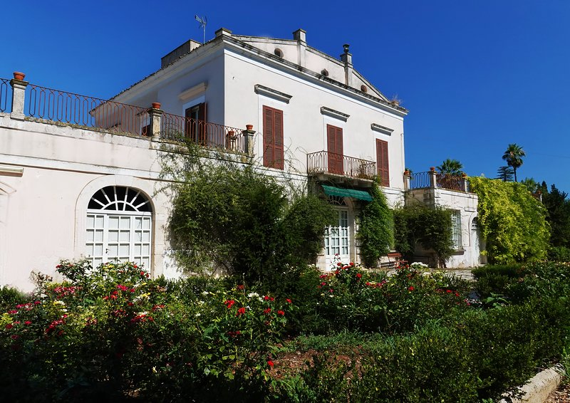 Gevel van de Villa dei Marchesi Gioia