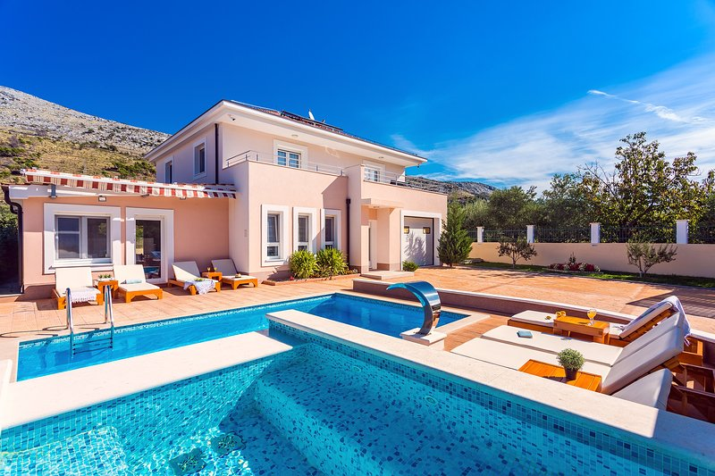Villa Milla with 24m2 private pool plus 5m2 jacuzzi, gym, sauna, and playground