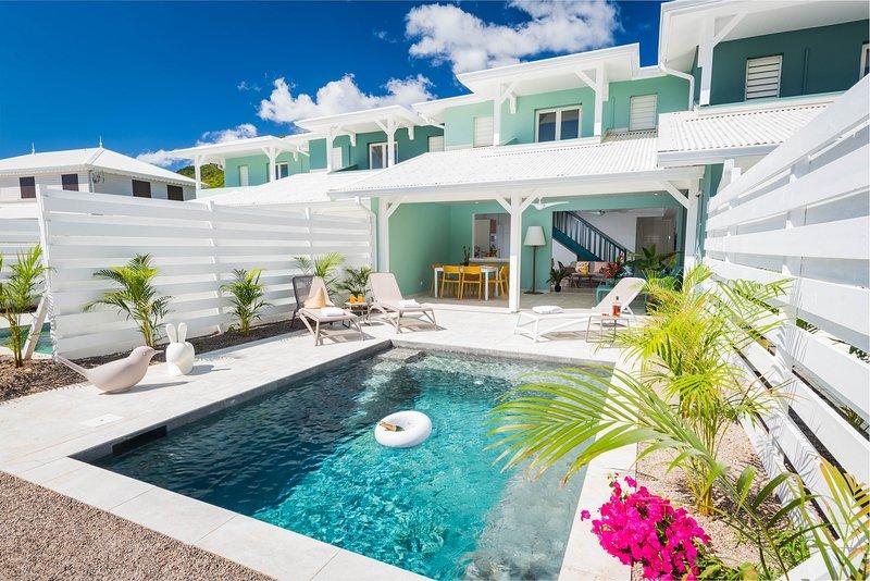 Villa de standing - ACCES DIRECT A LA PLAGE - Sun Rock/banc de sable, location de vacances à Le Diamant