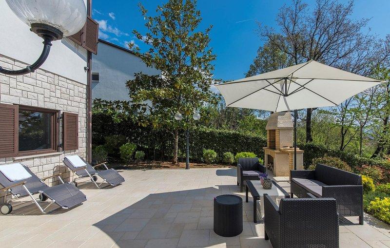 Flagstone,Furniture,Tree,Chair,Patio