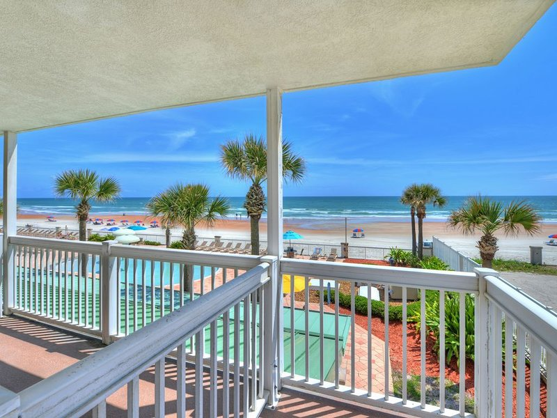 Daytona Beach Resort - Oceanside Resort - 2 e étage en front de mer 1 chambre