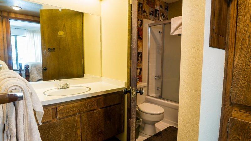 Camera, Ambientazione interna, Bagno, WC, lavandino