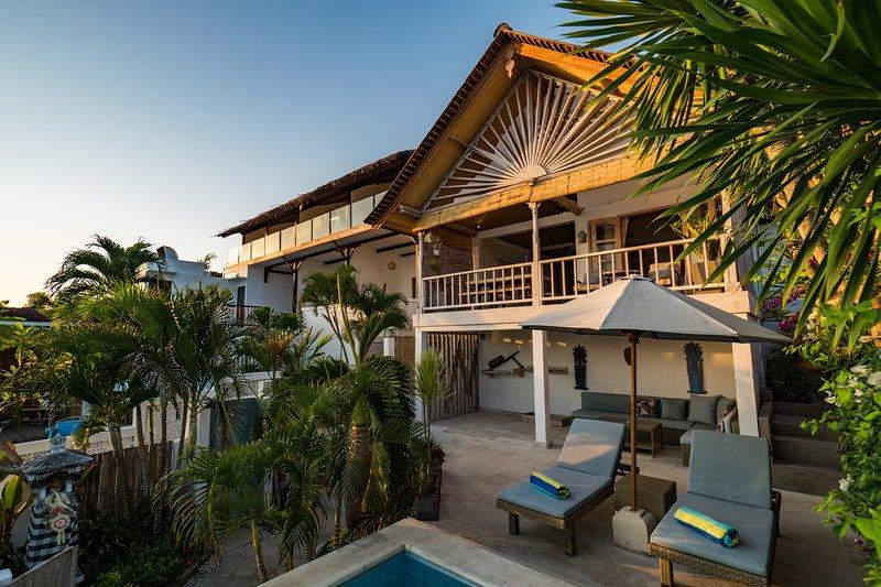 VILLA AMAN  - 2 Bedroom Oceanfront Villa On Nusa Lembongan, casa vacanza a Nusa Ceningan