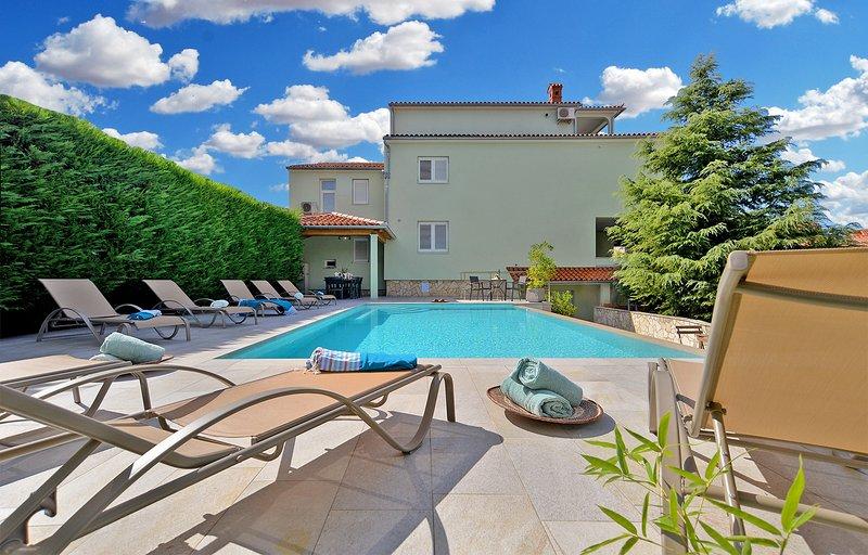 Villa Jelena Stojadinov, holiday rental in Stinjan