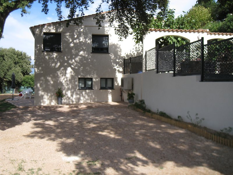 Beautiful apartment with terrace, holiday rental in Cuttoli-Corticchiato