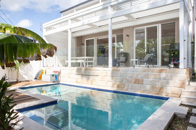 Bliss by the Bay in perfect family area, vacation rental in Balmain