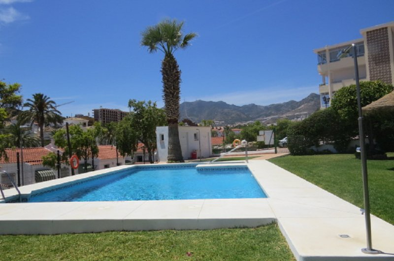 Ref: 291 Cute apartment 2 beds with swimming pool, location de vacances à Benalmadena