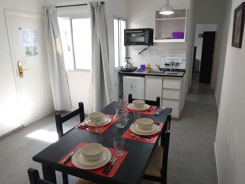 Center Apart Mendoza - Dpto 203, holiday rental in Villa Nueva