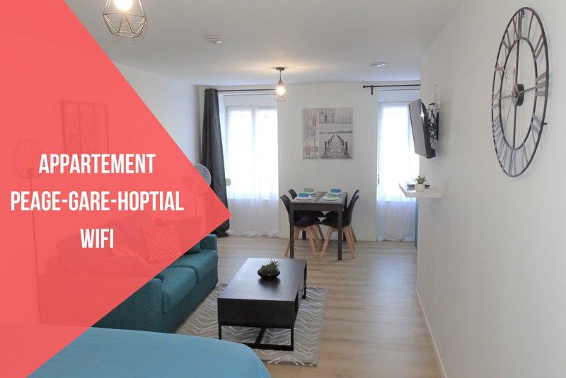 Appartement cosy proche gare, location de vacances à Neuvy-sur-Barangeon