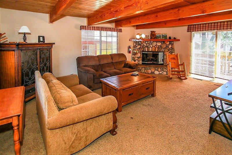 Camera, soggiorno, interni, divano, mobili