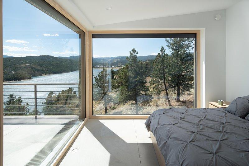 Bed,Furniture,Door,Indoors,Bedroom
