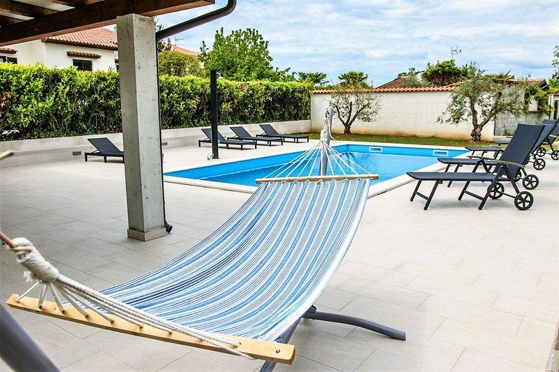 Mobili, acqua, piscina, panchina, piscina