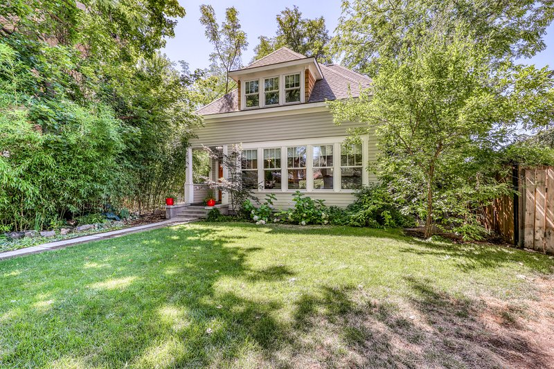 Newly renovated home w/ four masters - walking distance to downtown!, holiday rental in Boise