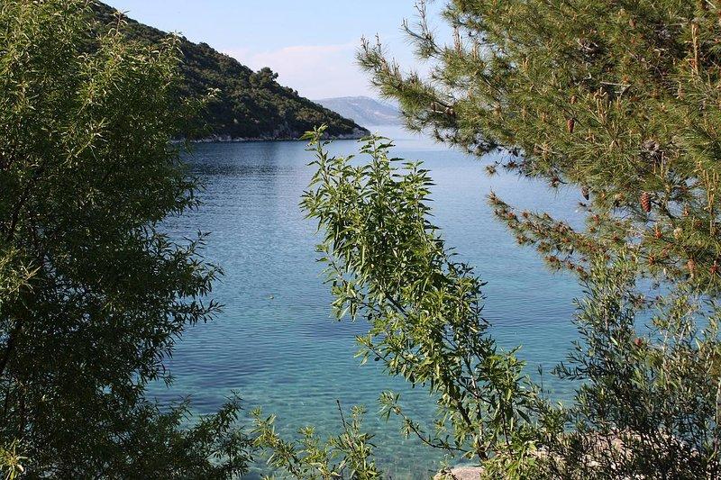 Prozura Apartment Sleeps 10 with Air Con - 5816240, location de vacances à Mljet Island