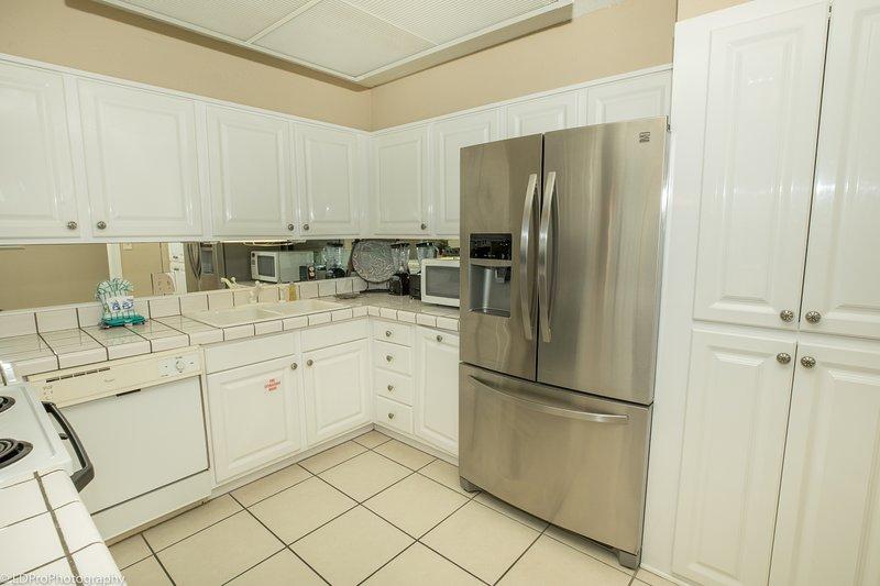 Flooring,Indoors,Room,Kitchen,Floor