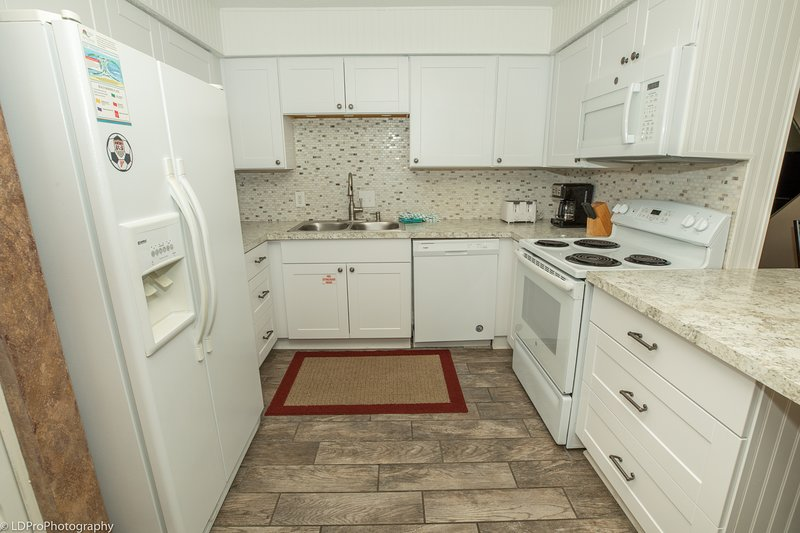 Flooring,Room,Indoors,Floor,Kitchen