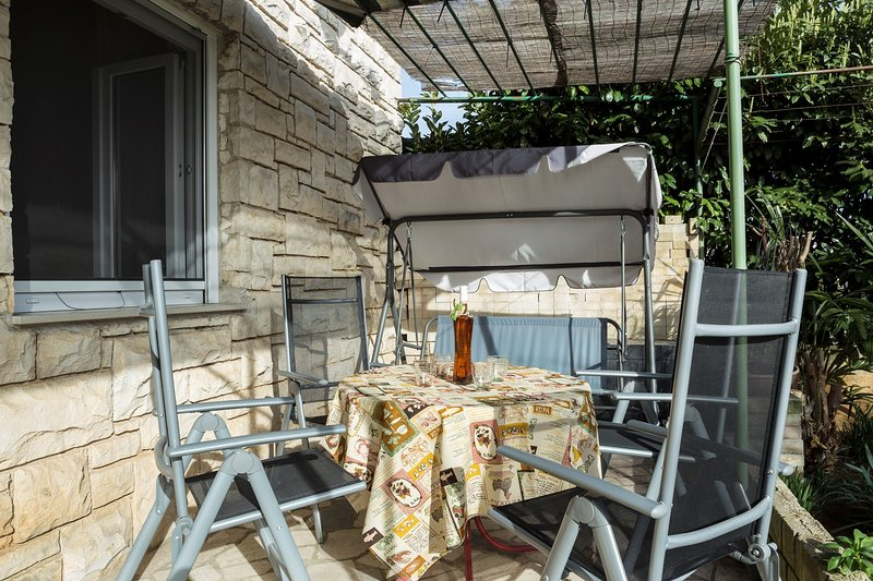 Chair,Furniture,Porch,Patio,Outdoors