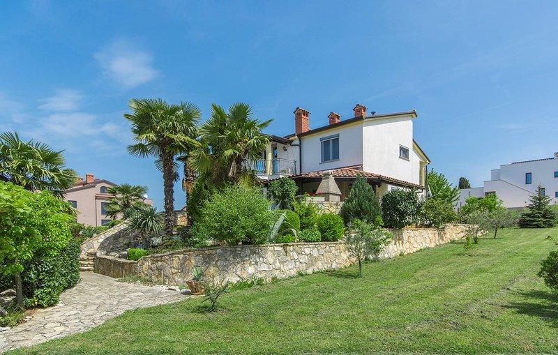 Ambientazione esterna, Erba, Natura, Cottage, edificio