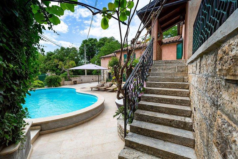Outdoors,Staircase,Garden,Arbour,Flagstone