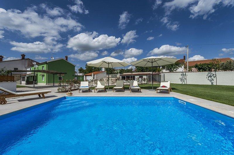 Resort,Building,Hotel,Water,Pool