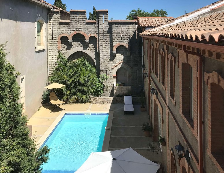 Chateau Marcel's 'Syrah' appartment, holiday rental in La Caunette