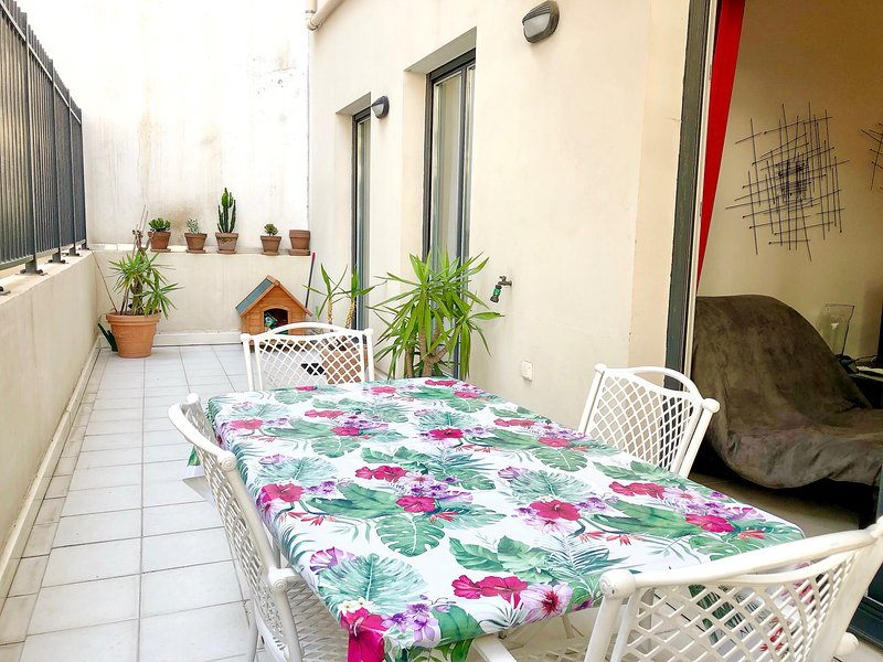 20 Square meter tranquil Terrace - to enjoy alfresco dining and living