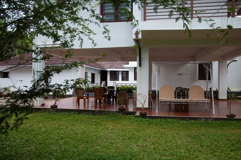 pepper vines homestay, holiday rental in Sakleshpur