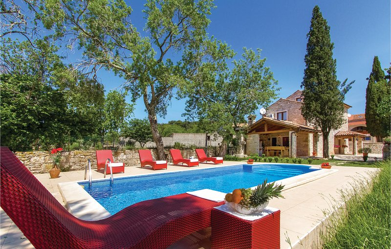 Rustieke sfeer met comfortabele inrichting (CIL745), holiday rental in Manjadvorci