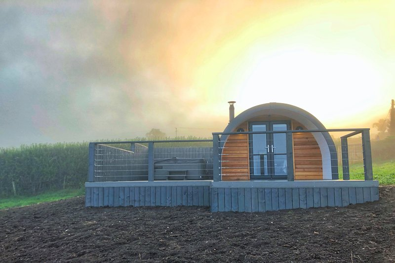 Sycamore Pods, holiday rental in Ballygally