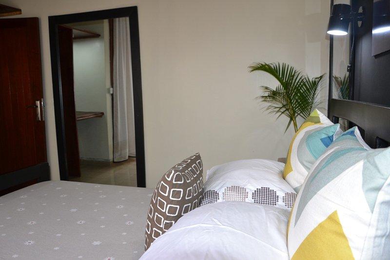 Alyek's Cozy Home, vacation rental in Kampala