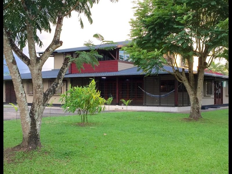 Woonhuis Rust in Suriname, holiday rental in Leonsberg