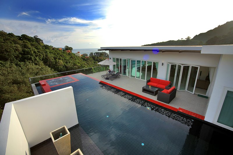 Villa In The Sky-AWARD WINNER, holiday rental in Phang Nga