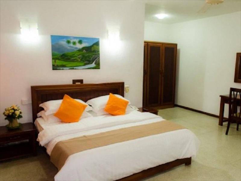 Comfort Double Occupancy Room With AC & WiFi, alquiler vacacional en Ratmalana