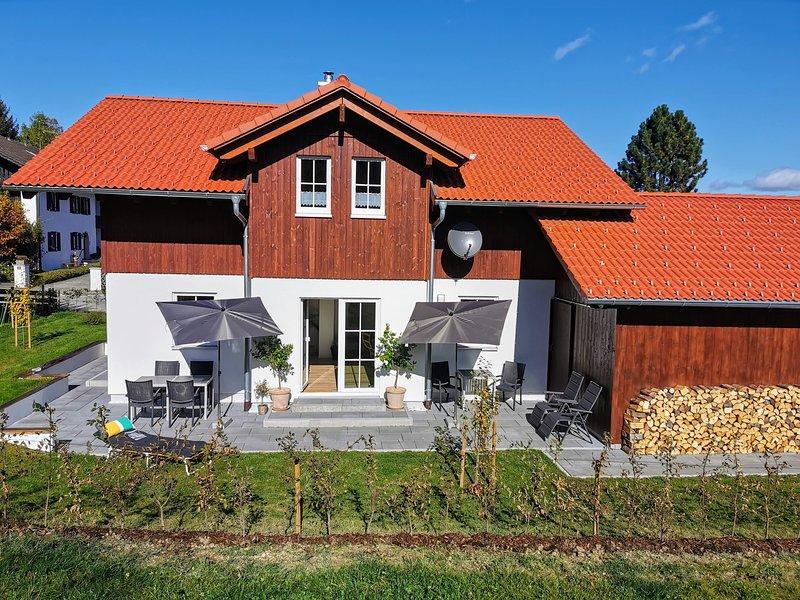 Chalet Fend - neues, exklusives Ferienhaus im Naturpark Ammergauer Alpen, alquiler vacacional en Oberammergau